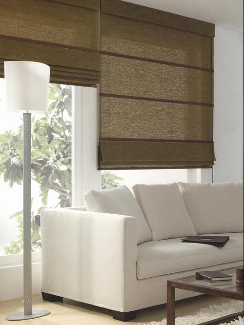 Tende per interno classiche tende a pannello a bastoni for Tende arredamento moderno